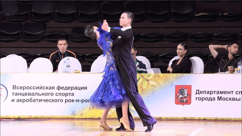 Кононенко Андрей - Кононенко Алиса, Slow Foxtrot | Юниоры-2, Европейская программа