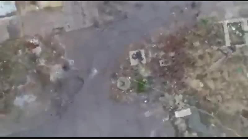 ⚡️⚡️⚡️А вот и видео со сбитого украинского коптера. В кадр попали и довольные лица операторов. Теперь тех, кто с воздуха сбрасыв