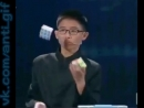 Собрал кубик Рубика жонглируя