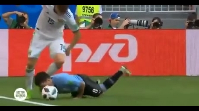 While Neymar cry when it's touched thus guy fight for the ball with his head