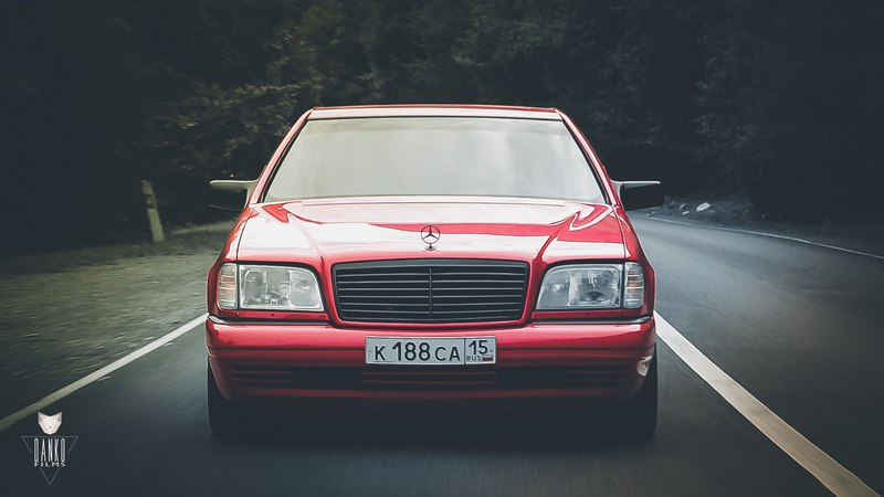 Mercedes Benz w140 s600 RED