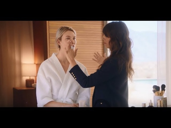 How To Apply Double Wear Light with Karlie Kloss Violette | Estée Lauder UK