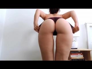 Тверк! горячая упругая попка молодой мамки не порно секс эротика 18+