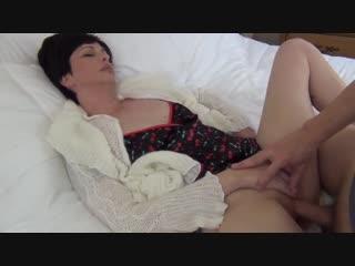 Mom Fucked hard xhamster.com Жестко оттрахал родную мать ей очень понравилось проглотила сперму