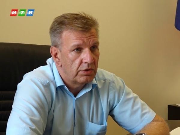 Коммунальщики объяснили, почему не вывозят мусор в Симферополе
