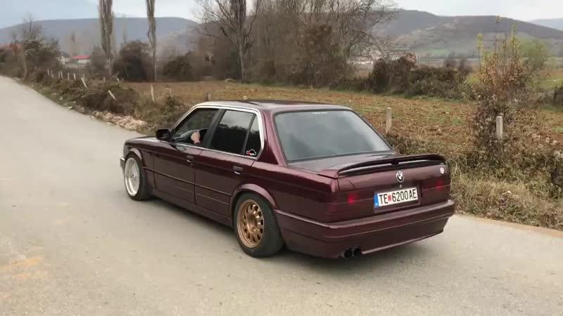 BMW E30 325i BURNOUT_HD.mp4