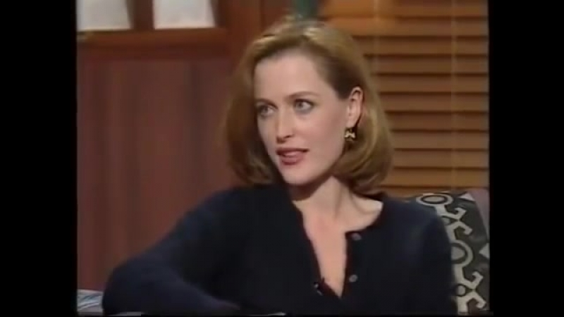 Gillian Anderson i told David in his trailer that I was pregnant