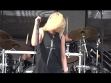 The Pretty Reckless - Heaven Knows (Fort Rock)