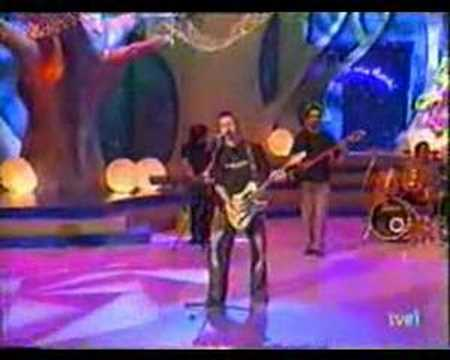 JUANES. Fijate Bien. TVE (2001)