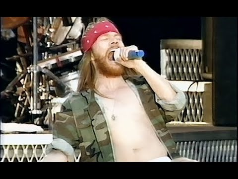 Guns N' Roses - Civil War [50FPS NEW SOURCE] - 1992-06-06 - Hippodrome de Vincennes, Paris, France