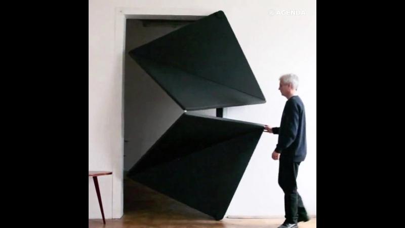 Фантастические двери-раскладушки