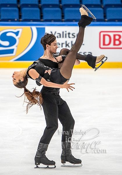 Анастасия Шпилевая - Григорий Смирнов/ танцы на льду - Страница 13 ZaSrG06ANfw