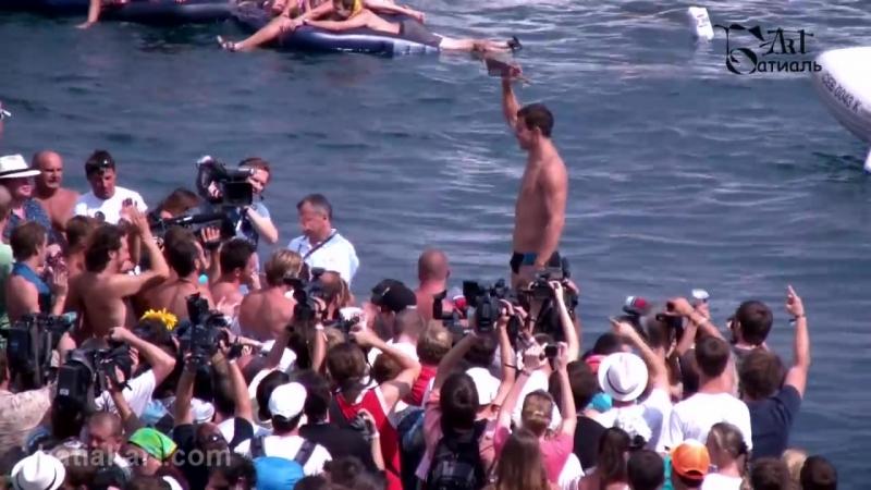 Red Bull Cliff Diving 2011. Yalta. Прыжки в воду. Ялта. 04.09.11-QLXxM0WCXM8