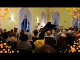 Фрагмент концерта «Картинки с выставки» с Михаилом Казиником и Надеждой Котновой