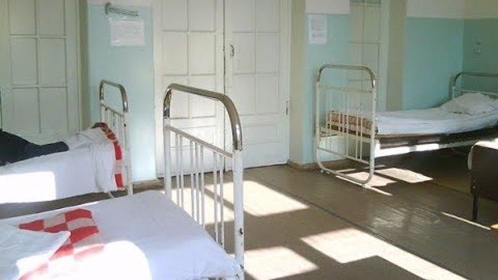 Мама села на больничный стульчик напротив! Никогда не забуду, что она сказала спокойным голосом