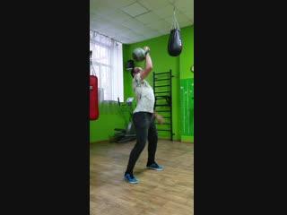 толчок гири 24 кг учусь))))