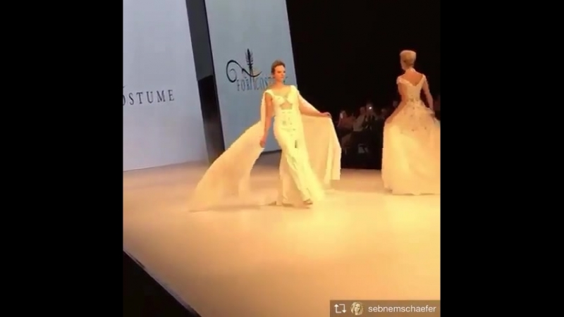Ss17 promdresses defile nowfashion runway fashionista fashionblogger fashion africa america almanya avust