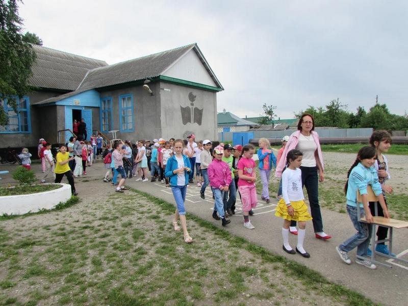 В летний период на территории Зеленчукского района будут действовать семь пришкольных лагерей