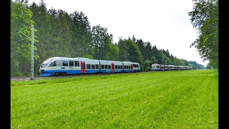Kurios - BOB muß auf freier Strecke am Bahnübergang stoppen !