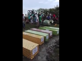 Bengali_Problem__Rakhine_Victims_cremated___2017-08-04__20581956_1757360234562189_6063143243715969024_n
