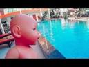 Беби Бон упал в бассейн и Вика спасла малыша