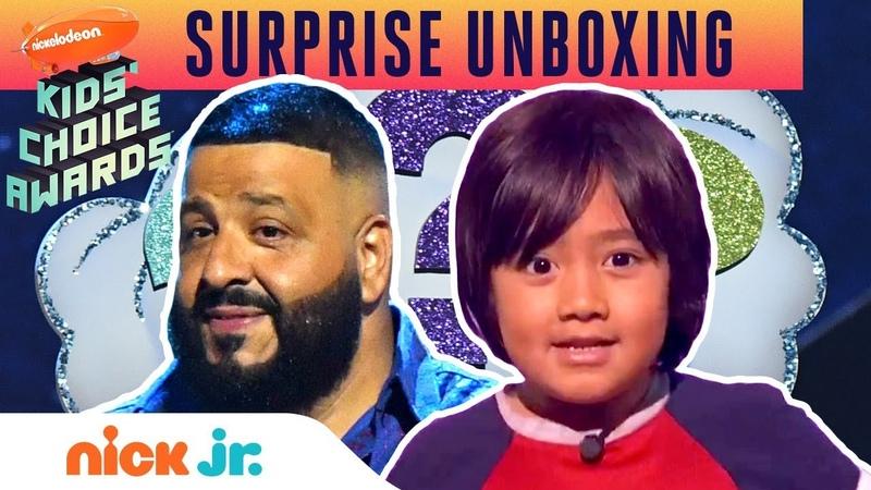 Ryan ToysReviews Unboxing Surprise w DJ Khaled at 2019 Kids Choice Awards | Nick Jr.