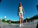 Футбольные финты в исполнении девушки (1)