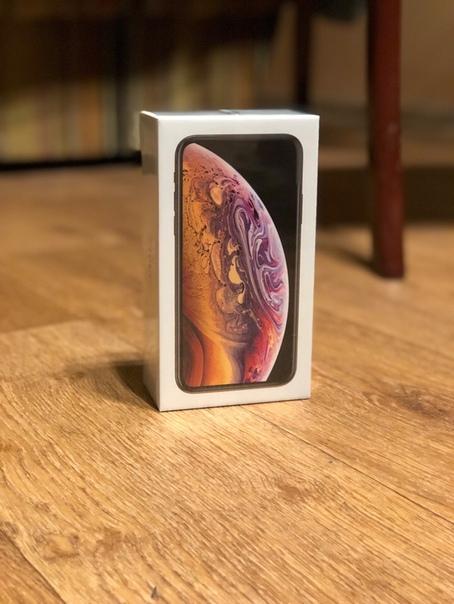 iphone XS 64GB золотистый , новый , запакованный, не открывался