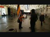 Одиночный пикет НОД Никольская ул.сбор решений граждан по отмене коллониальных статей конституциии.