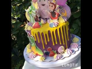 Тортик с Лунтиком