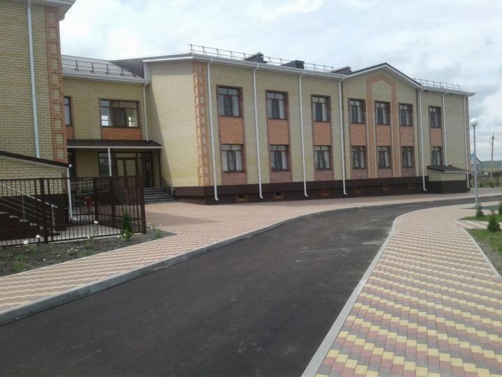 В Хабезском районе завершается строительство нового детского сада