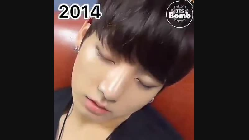 Jungkook grow up through the years; 2013 -- 2018. Baby boy grew up so well, where are thes