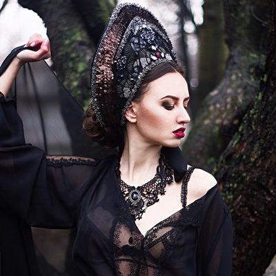 Мира Романова