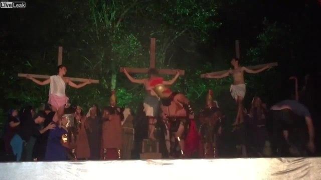 Иисус против римлян \ Man saved Jesus