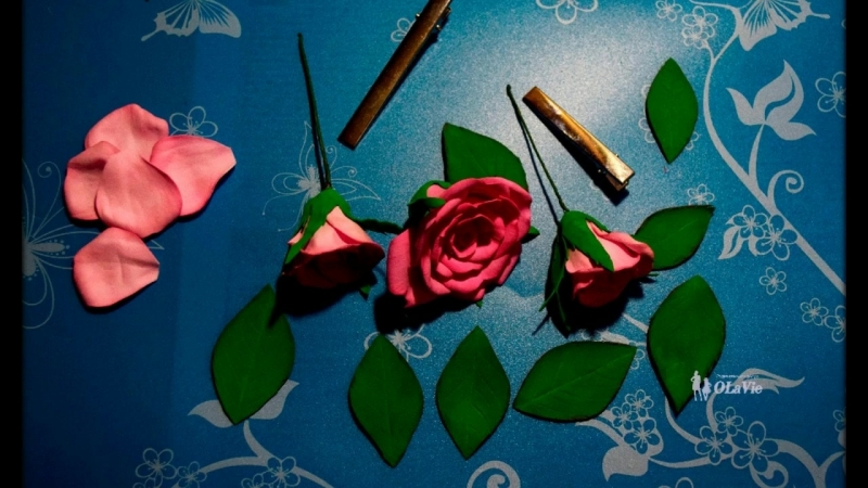 Заколка роза с бутонами