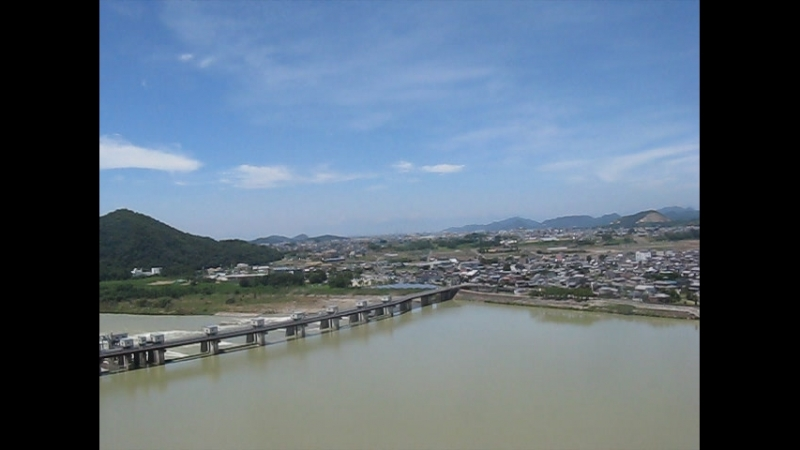 Панорамное видео с верхнего, 4-го, этажа замка Инуяма, префектура Аити, Япония