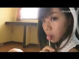 Японка сосёт на камеру и трясёт своей красивой грудью в футболке (Не порно, Эротика, Анал, Секс)