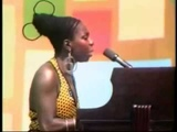 Nina Simone - Ain't Got No I've Got Life lyrics
