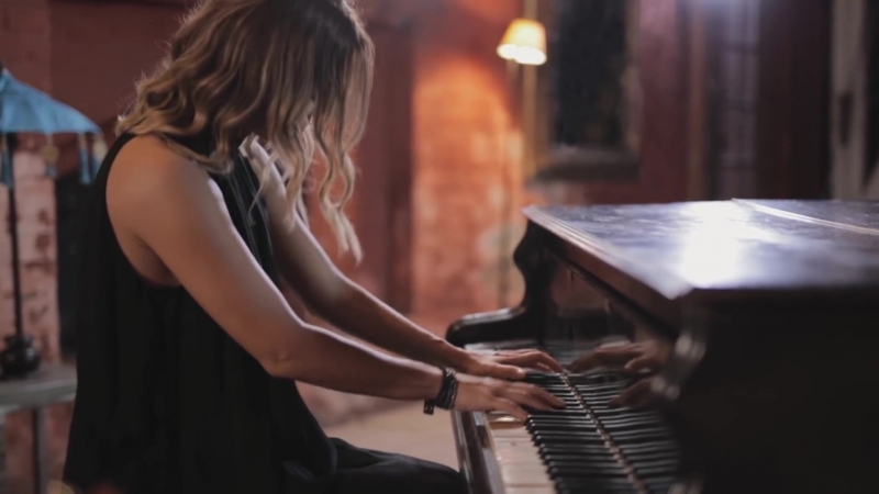 Katarina Zivkovic - Radi me bol [Acoustic] (2018)