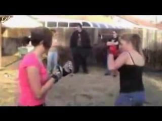boxing catfight round 1