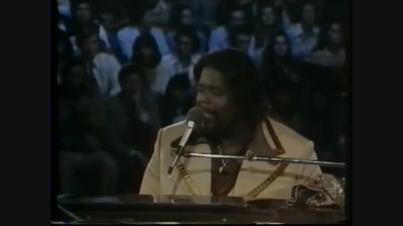 Barry White Love Unlimited live in Mexico City 1976 - Part 8 - I'm Gonna Love You Just a Little...