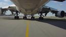 Любительское музыкальное видео буксировки, рулежек, взлета, полета и захода на посадку Boeing 747-200F. Рейс Joburg - Maputo. Вид с носовой опоры ш...