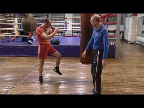 Бокс: Координационные упражнения на мешке