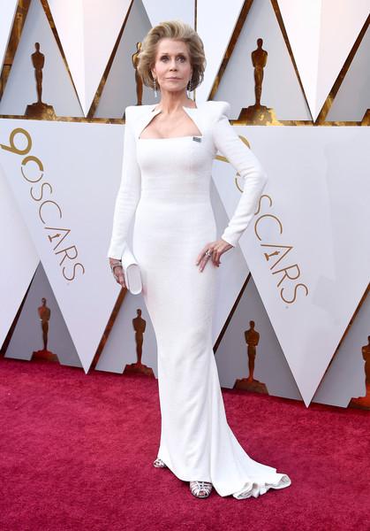 Джейн Фонда в белом