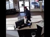 Когда ты неудачник, никогда не иди на ограбление банка...