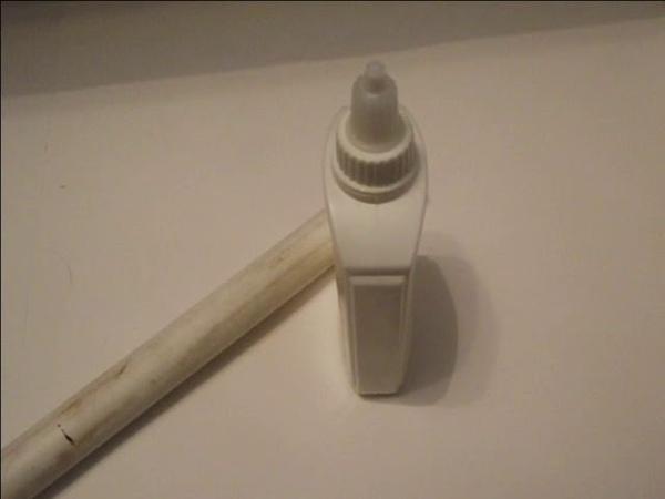 ПВХ труба и резцы по дереву VS картон,клей,бутылка и книга .