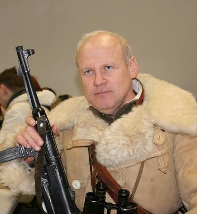 Владимир  Дёмин