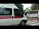 Три человека погибли, шестеро пострадали при столкновении грузовика и автобуса в Ленобласти