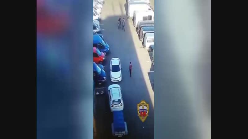 В ЮВАО возбуждено уголовное дело по факту кражи из автомобиля