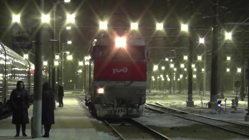 Электровоз ЧС2Т-972 на станции Бабаево